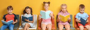 Niños leyendo libros de texto Amazon
